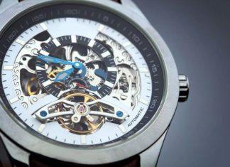 Zegarki szkieletowe – wnętrze widoczne jak na dłoni