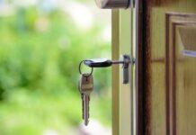 agent nieruchomości